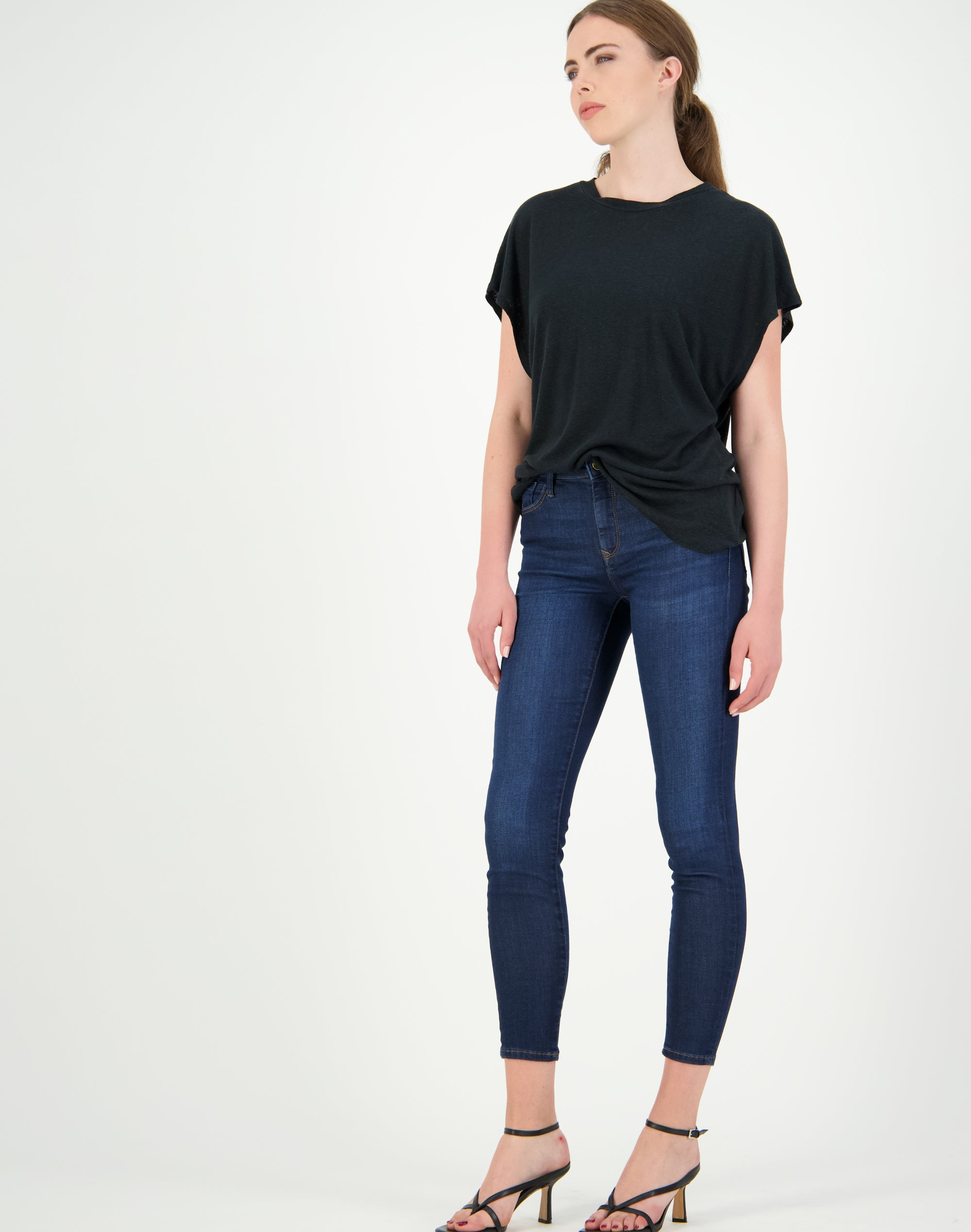 Alissa Ankle Mid Rise Jean