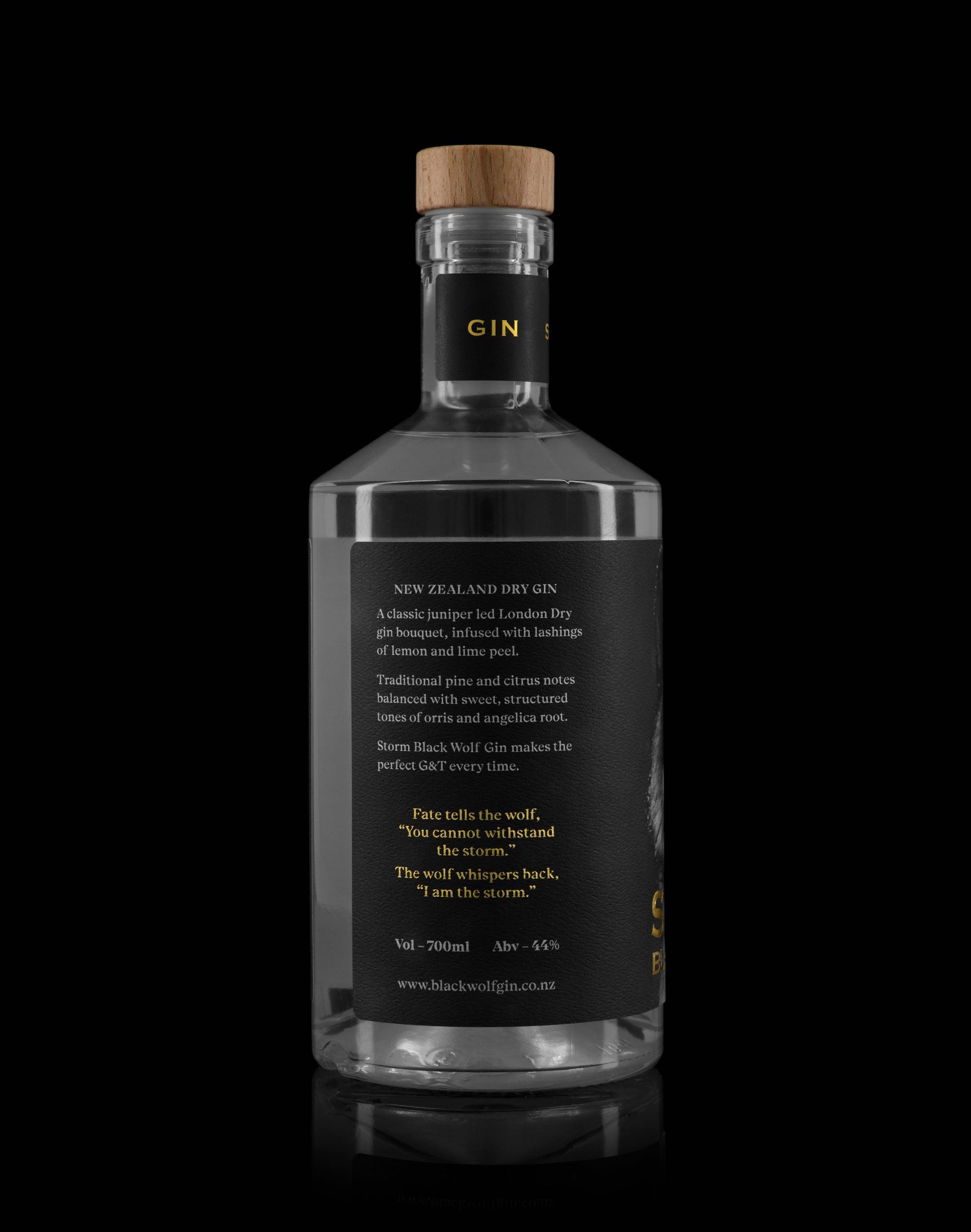 Storm Black Wolf Gin
